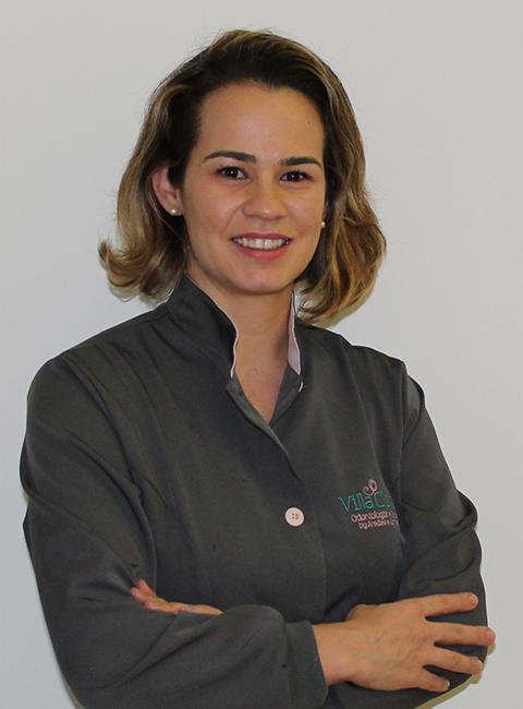 Dra. Mariana Aredes Bergamo Nishida