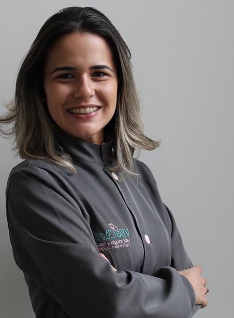 Dra. Marília Aredes Bergamo